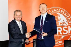 Uczelnia Łazarskiego rozpoczyna współpracę z Santander Universidades