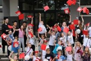 WSAiB w Gdyni dba o najmłodszych i seniorów