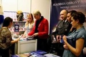 Akademia Obrony Narodowej rekrutuje