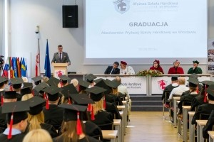 Absolwenci uczelni oczami praktyków