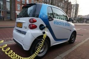 Samochody elektryczne. Przyszłość, która da pracę?
