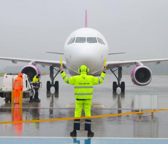 Zarządzanie zasobami ludzkimi w infrastrukturze i operacjach lotniczych na PŚ
