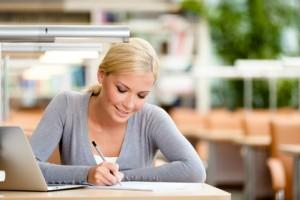 Aplikuj na studia w ramach Międzynarodowych Programów Kształcenia i zaoszczędź nawet do 1800 PLN
