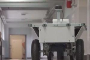 Studenci AGH skonstruowali robota, który dostarcza przesyłki