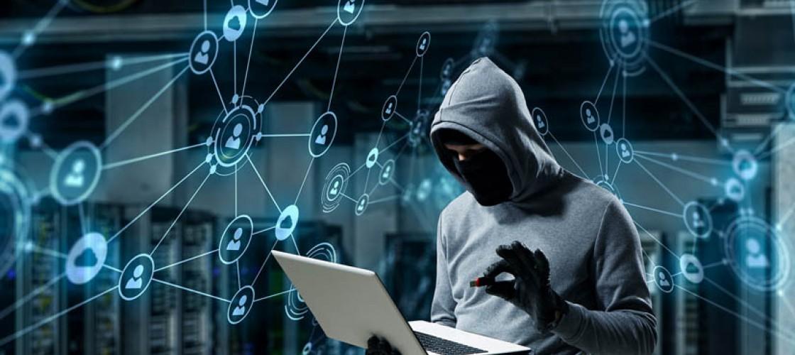 Cyberprzestępczość - co musisz o niej wiedzieć?