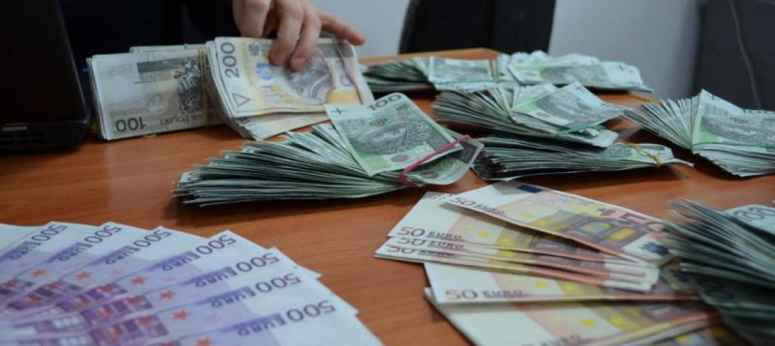 Kasjer bankowy