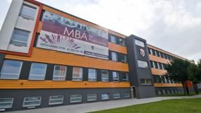 Wyższa Szkoła Handlowa we Wrocławiu - grupa Vistula