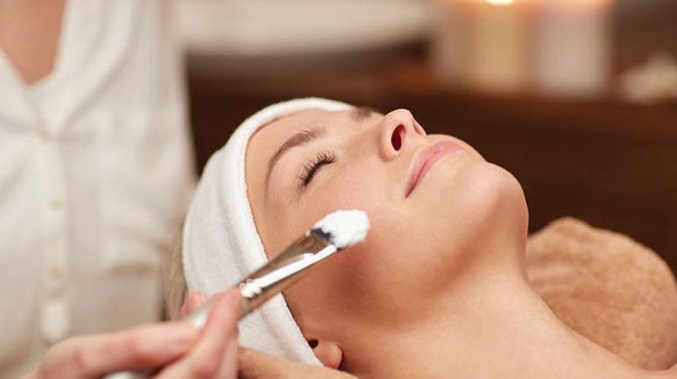 Praktyczny wymiar kosmetologii w Wyższej Szkole Edukacji i Terapii