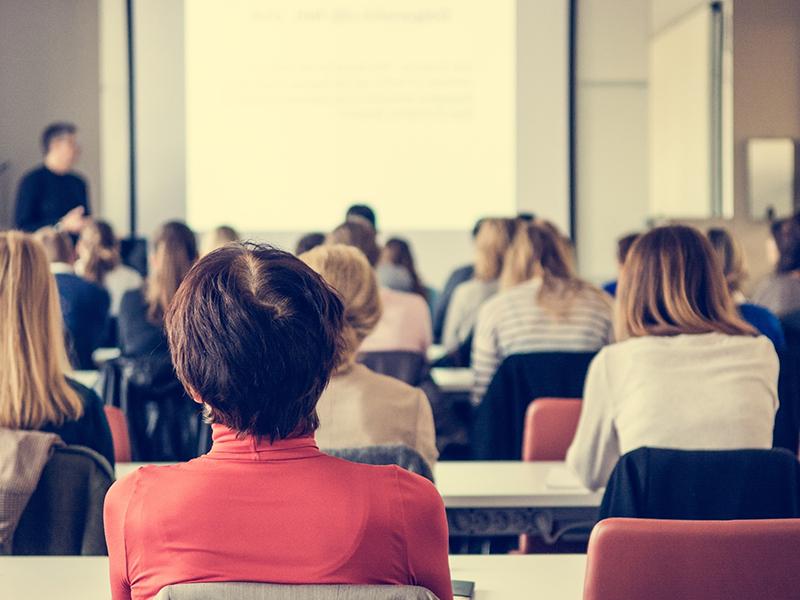 Organizacja i zarządzanie oświatą - studia online